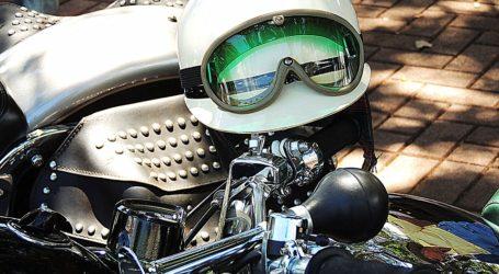 Ir en moto, 12 veces más peligroso que en auto