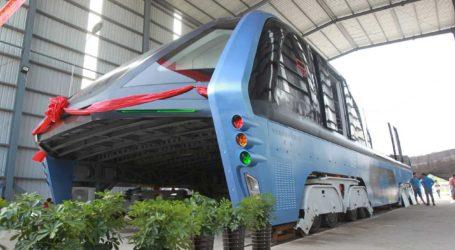 Circular por encima de los coches, posible en China