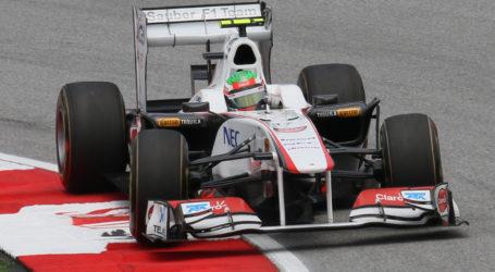 El Checo anuncia su renovación con la escudería Force India